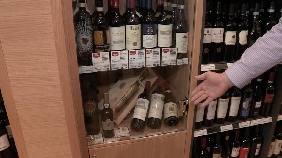 Plus de 1400 bouteilles à la SAQ