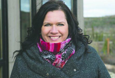 Caroline Simard tente d'obtenir un poste de plus pour Charlevoix-Ouest