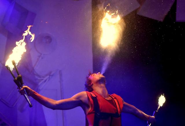 Cirque Ekasringa: une dernière étincelle avant le « petit » départ