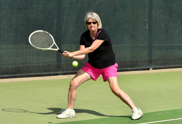 Un tournoi de tennis à Saint-Urbain