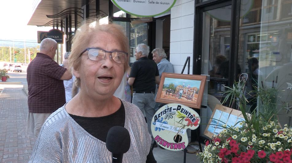 Arts en fête : Louise Belley au centre-ville de La Malbaie !