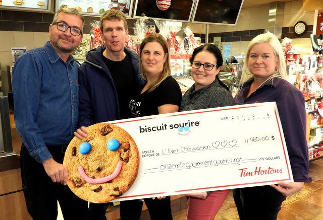 Tim Horton : 11 480 biscuits sourires pour une bonne cause