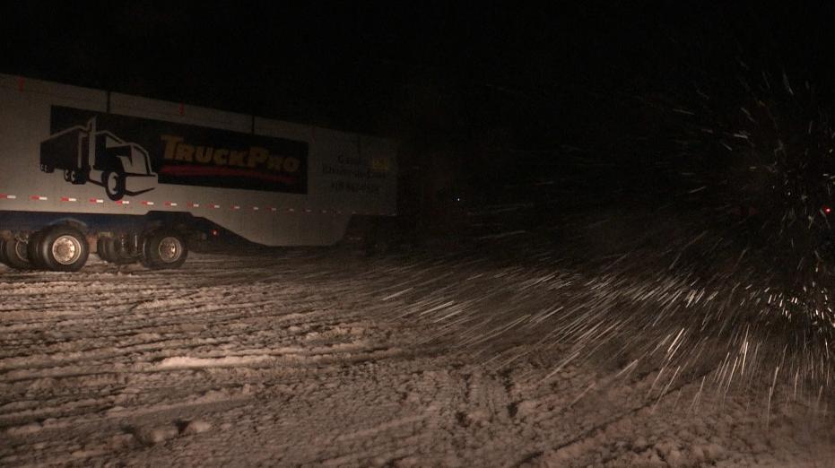 Neige : route 138 fermée aux véhicules lourds