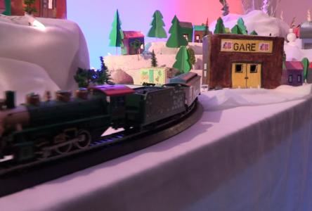 À voir : des enfants nous expliquent leur village de Noël