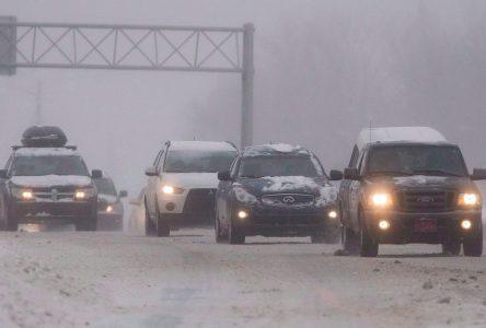 Chaussée glacée en montant vers Québec