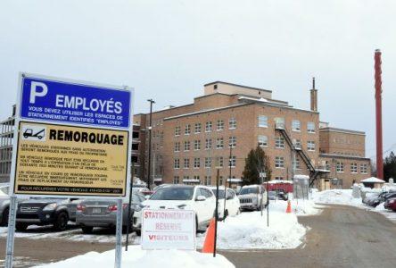 Hôpital de Baie-Saint-Paul: Le stationnement ne plaît pas aux employés