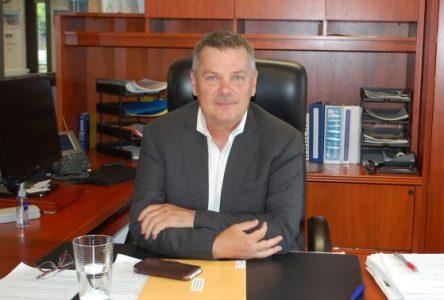 Pierre Girard souhaite rencontrer le ministre de l'Éducation