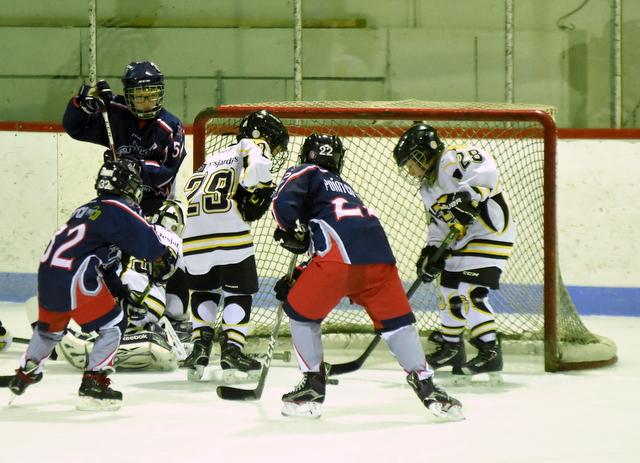 Hockey mineur Charlevoix : un weekend à marquer d'une croix