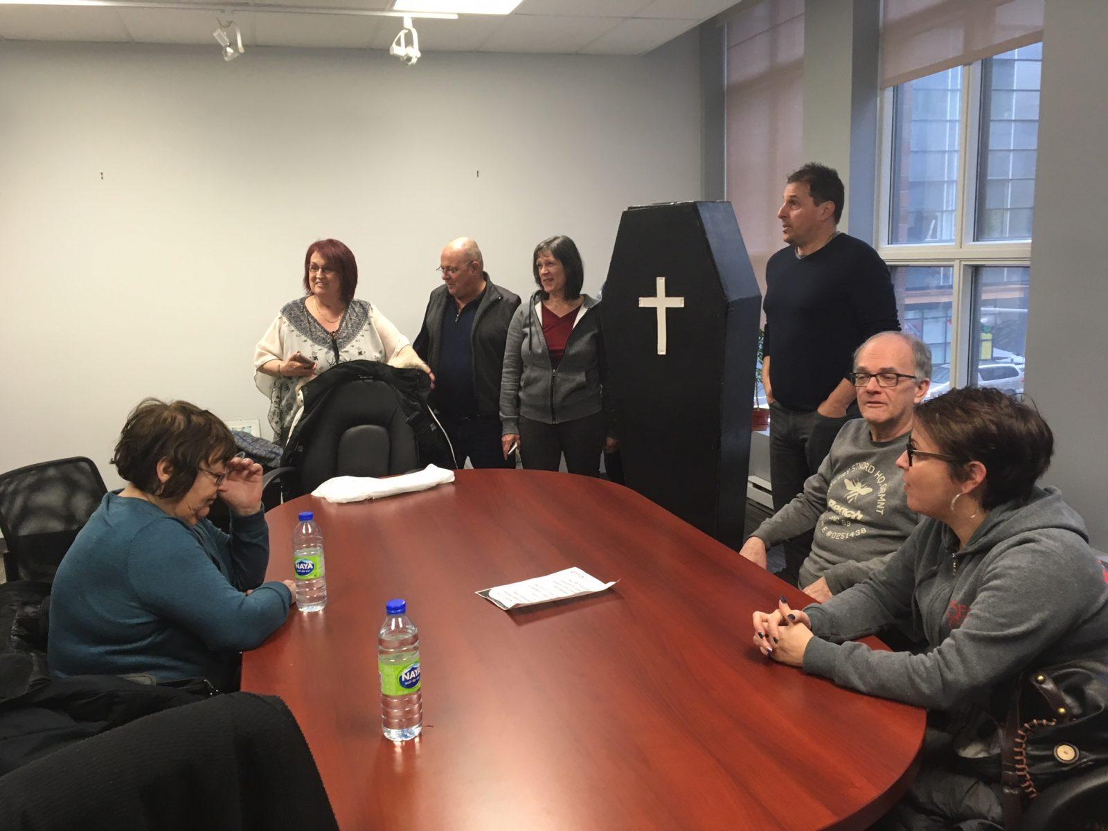 Trou noir: la CSN occupe le bureau de Justin Trudeau