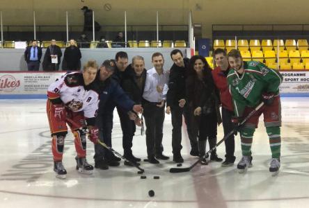 Le tournoi de hockey junior de Clermont bat son plein