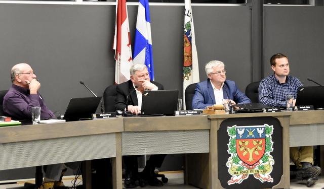 50 000 $ de plus pour les élus à Baie-Saint-Paul