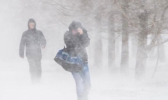 Mardi et mercredi: jusqu'à 40 cm de neige avec forte poudrerie