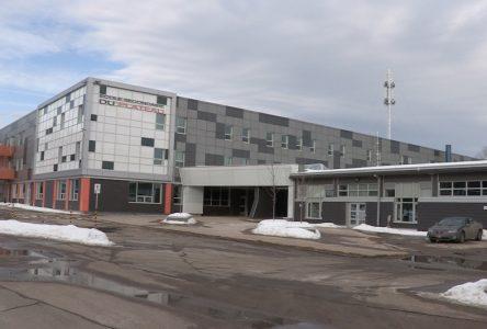 Les travaux reprendront aux deux écoles secondaires de Charlevoix