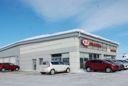 Kia Charlevoix achète le garage Si-Em automobiles