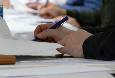 Les employés du soutien de la Commission scolaire visent la stabilité