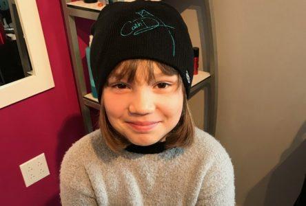Offrir ses cheveux pour les enfants atteints du cancer… à 7 ans