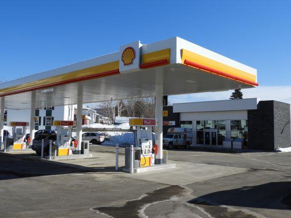 La station de service Shell est maintenant ouverte à Clermont