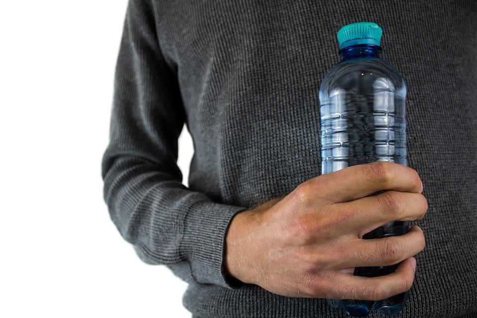 Saint-Siméon bannit l'utilisation de bouteilles d'eau en plastique dans ses bâtiments