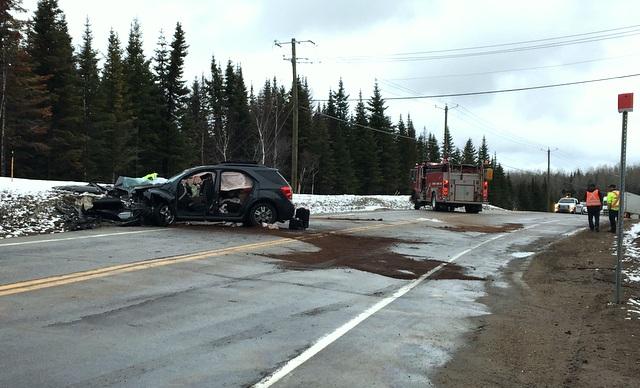 Accident mortel sur la 138, les conducteurs impliqués sont de l'extérieur de la région