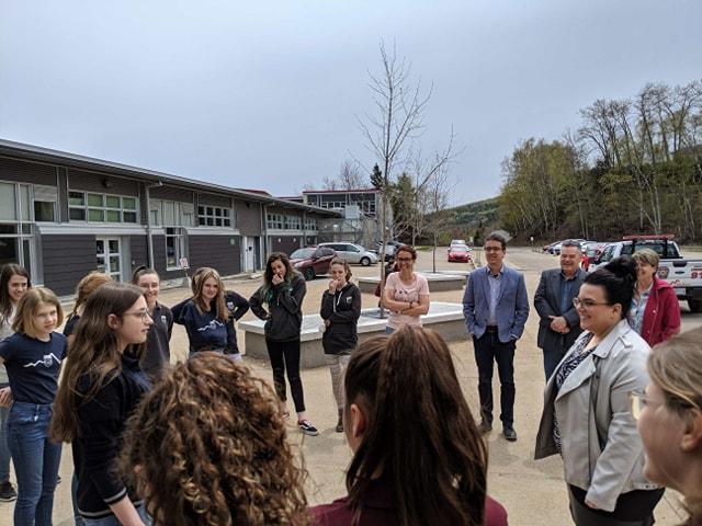 Des élèves du Plateau « challengent » Émilie Foster sur l'environnement