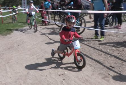 Les Grands Rendez-vous cyclistes des grands et… tout-petits ! (vidéo)