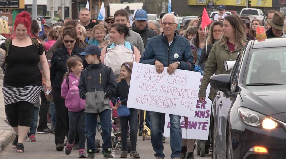 500 personnes se mobilisent pour l'hôpital de La Malbaie (vidéo)