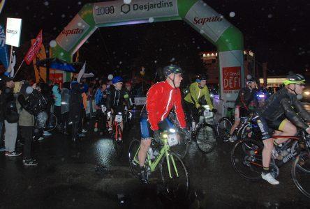 400 cyclistes déferlent à La Malbaie à l'occasion du Grand Défi Pierre Lavoie