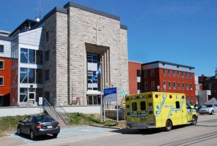 Hôpital de La Malbaie: le comité de citoyens se dissocie de la mobilisation