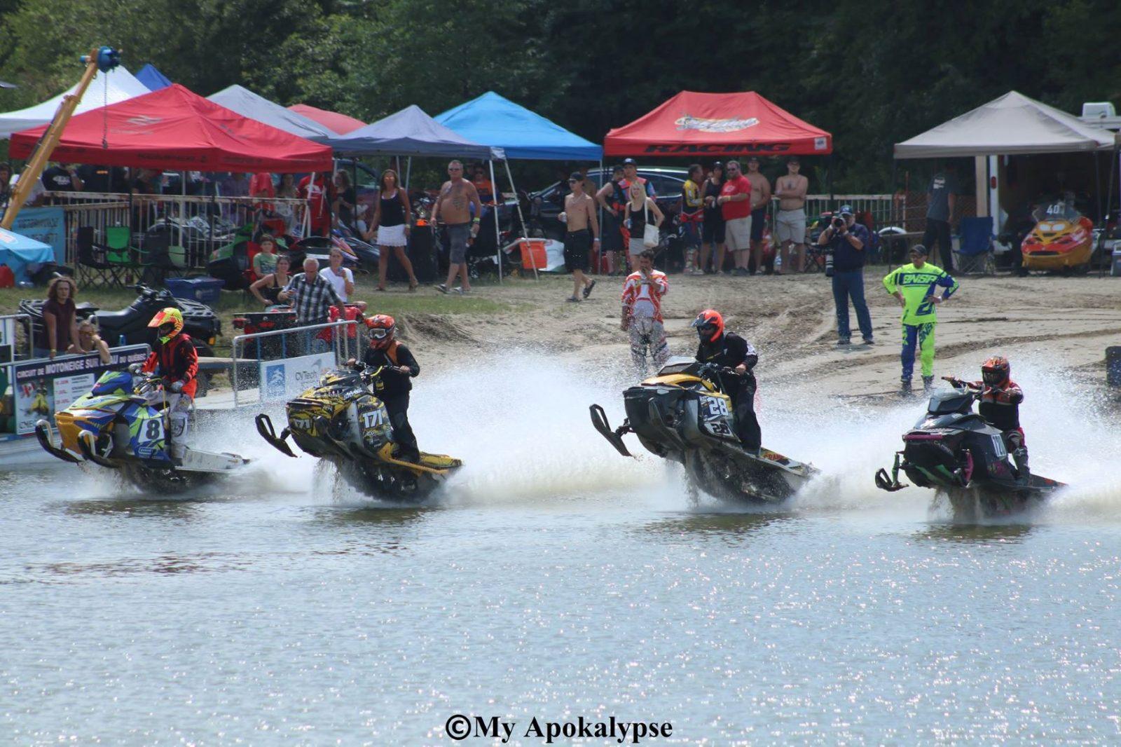 Retour des courses de motoneige sur l'eau à Notre-Dame-des-Monts