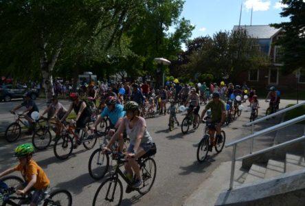 Saint-Jean: la parade de vélos demeure populaire