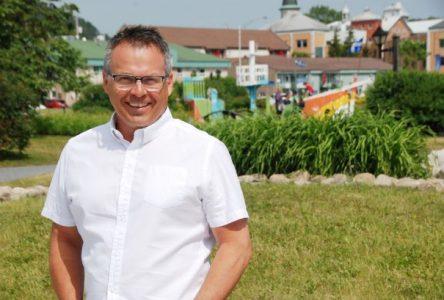 Michel Couturier veut une course à la mairie «saine» avec un choc des idées