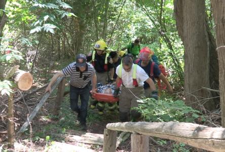 (Vidéo) Un randonneur épuisé est secouru à Cap-à-l'Aigle