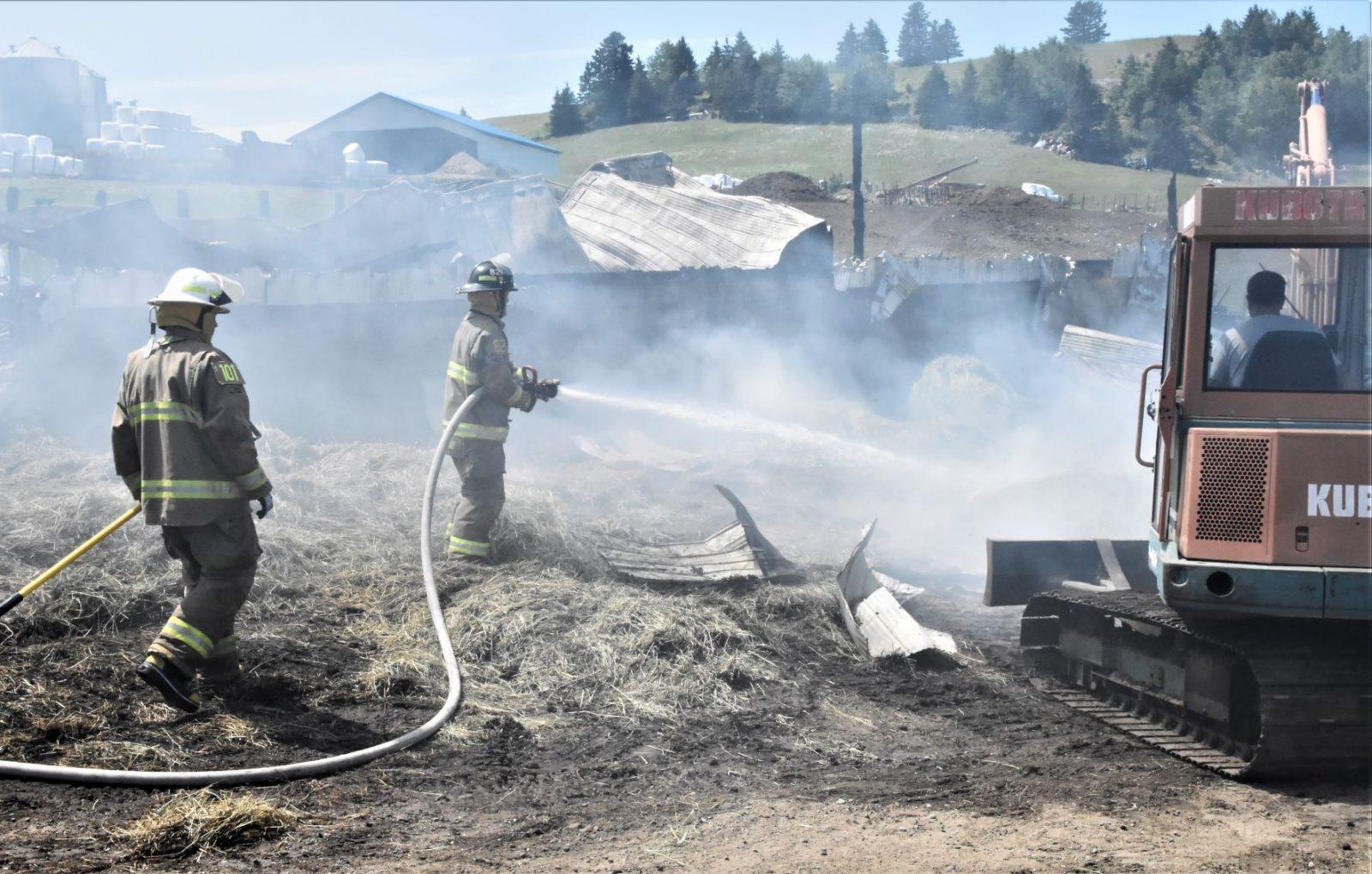 Les pompiers sont de retour au rang Saint-Ours (vidéo)