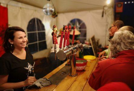 (Photos) Le 2e Festival des Bières de Charlevoix est un succès