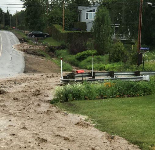 Pluies abondantes : Baie-Saint-Paul aura plusieurs routes à refaire pour 780 000 $
