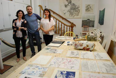 Les artistes s'installent à Maison Mère
