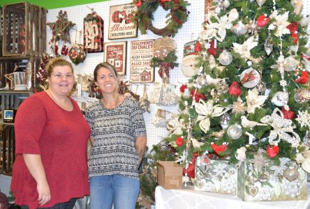 Une nouvelle boutique de Noël ouvre au centre commercial Le Village