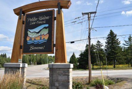 Petite-Rivière-Saint-François: les employés font part de leurs demandes