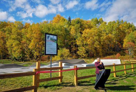 La Malbaie inaugure son skatepark/pumptrack «unique au Québec»