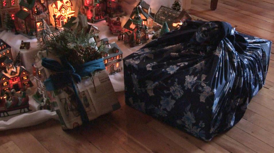 (capsule 6) Virage vert : Emballer ses cadeaux avec du papier journal,  c'est beau, bon, pas cher et zéro déchet !