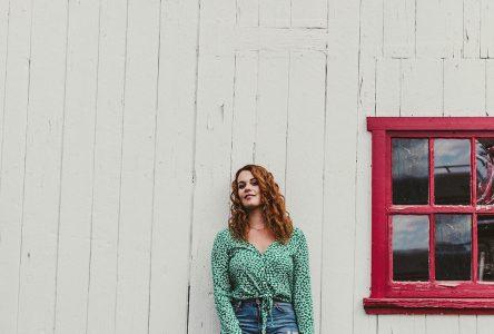 La chanteuse Jordane à La Malbaie le 15 novembre