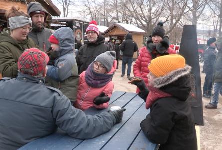 (vidéo) Marché de Noël de Baie-Saint-Paul : les idées cadeaux ne manquent pas !