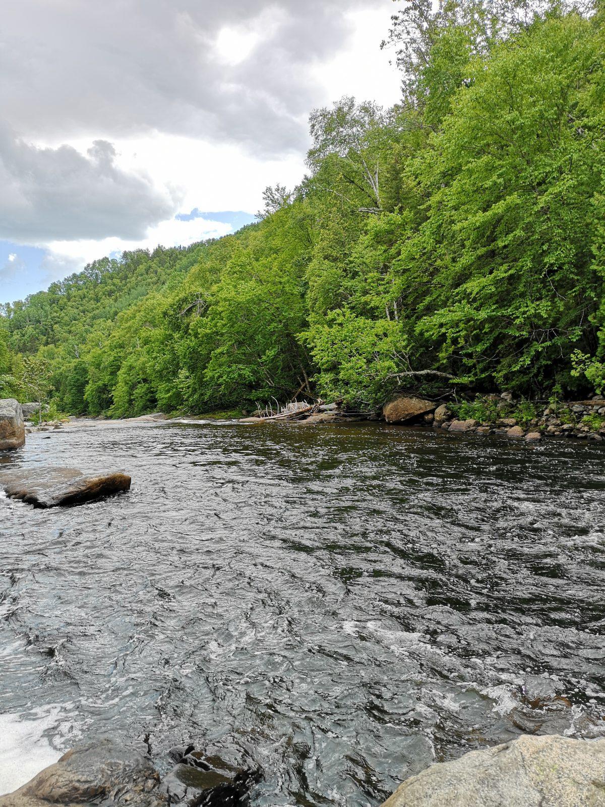 L'accès aux 4ièmes chutes de la Rivière Noire maintenant « légalisé »