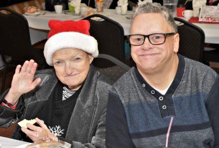 Le Noël de l'Association des personnes handicapées en images (vidéos)