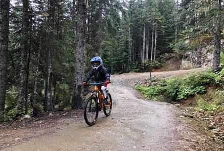 Une nouvelle piste de vélo de montagne doublée d'une «pump track» à Saint-Urbain dès ce printemps