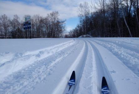Une piste de ski à la Polyvalente du Plateau