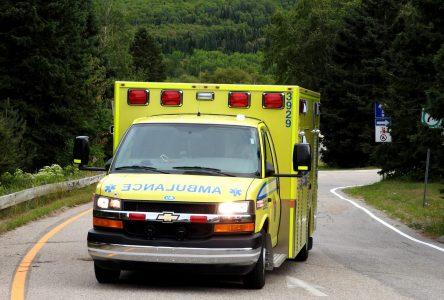 Québec ne modifiera pas les horaires des ambulanciers pour Charlevoix-Ouest