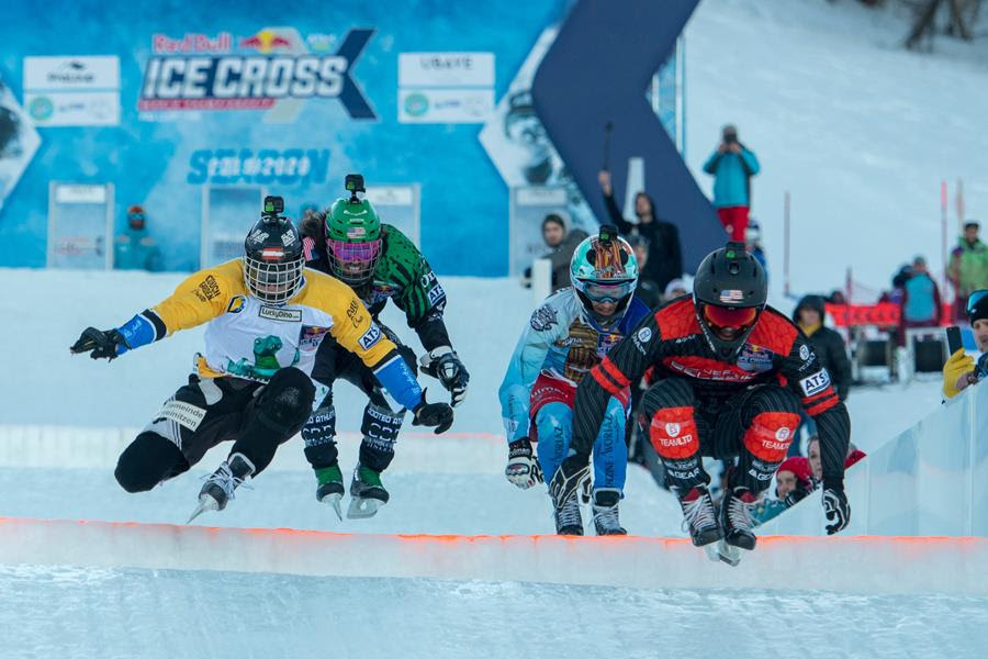 Le Championnat du monde Red Bull Ice Cross au Massif de Charlevoix