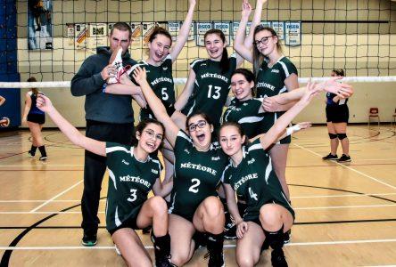 Volleyball interscolaire: le Météore juvénile termine deuxième ce weekend