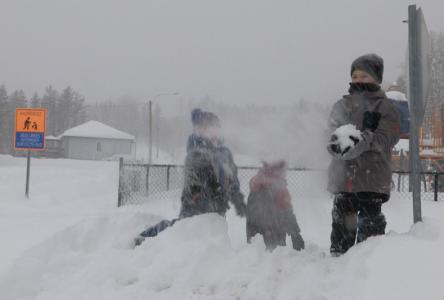 Charlevoix sous la neige et les enfants… dans la neige !